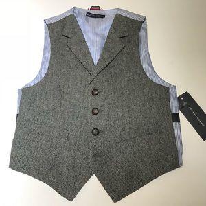 Tommy Hilfiger boys houndstooth vest size 6 NWT